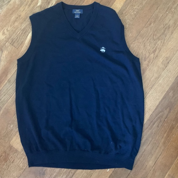 Brooks Brothers Other - NWOT Brooks Brothers sweater vest